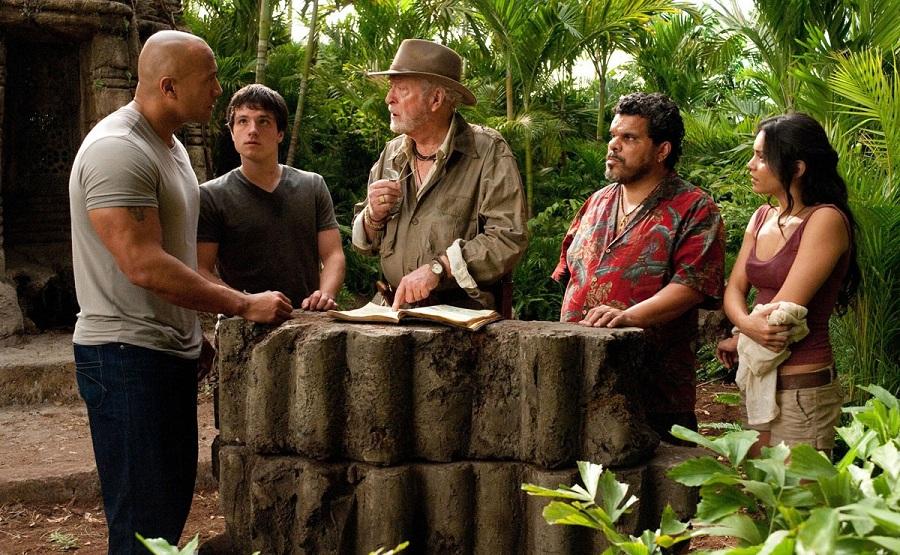 Фильм Путешествие 2: Таинственный остров